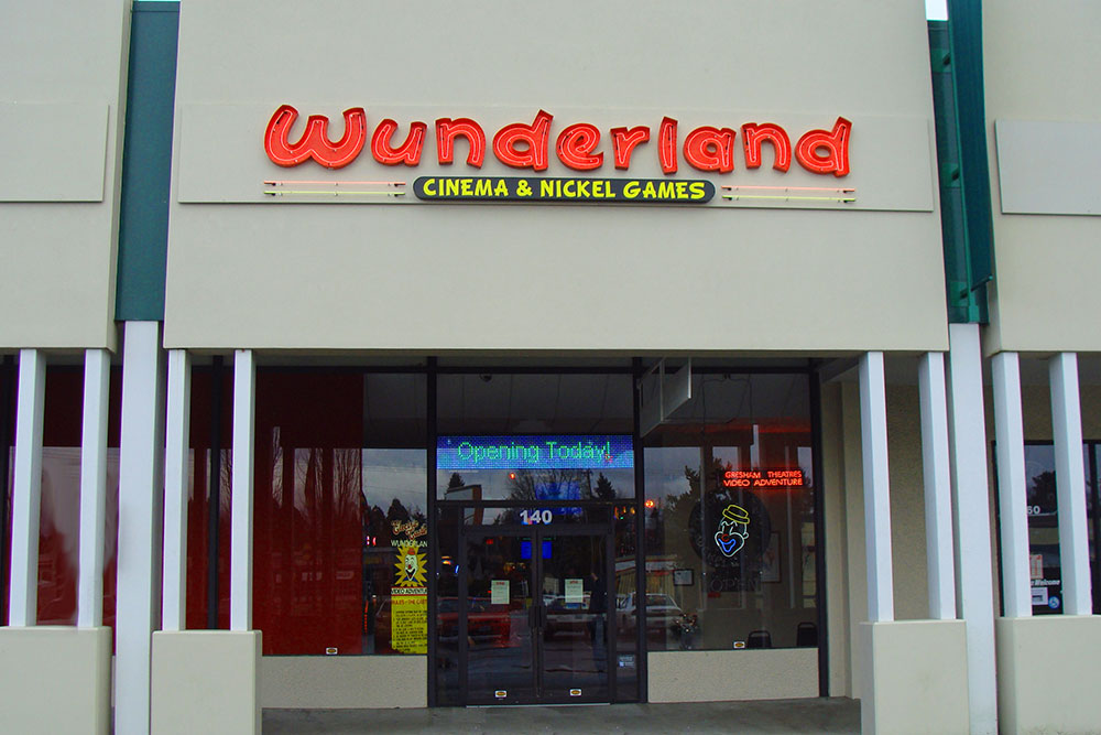 Gresham Wunderland Storefront