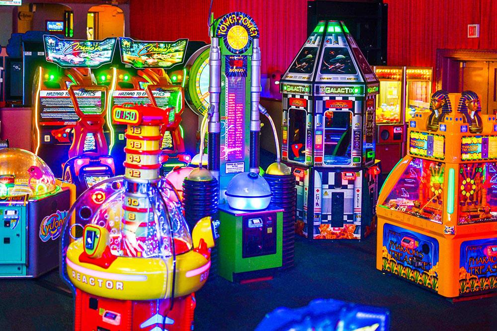 Arcade Games - Avalon